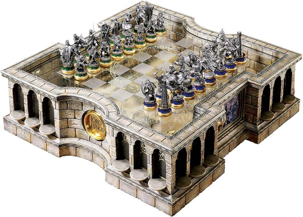 lord of the ring collector's chess set