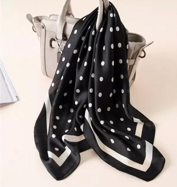 Best Black and White Polka Dots Scarf