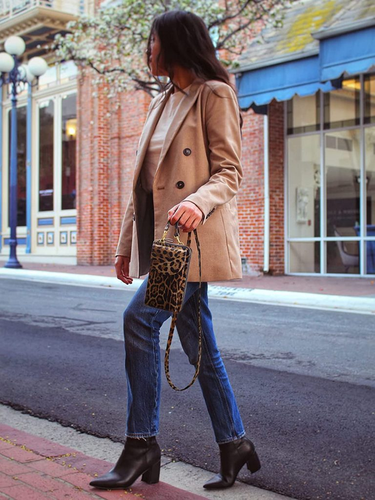 11 Best Crossbody Bags for Petites (and How to Choose One)