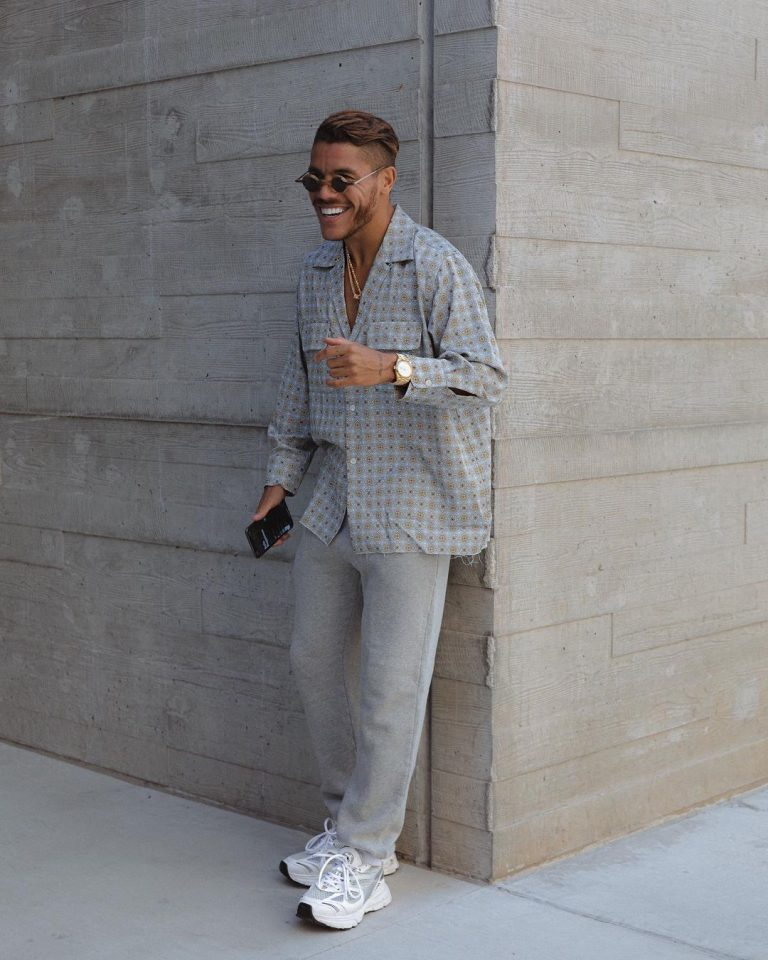 What To Wear With Sweatpants Guys? (11 Outfit Ideas This 2021)